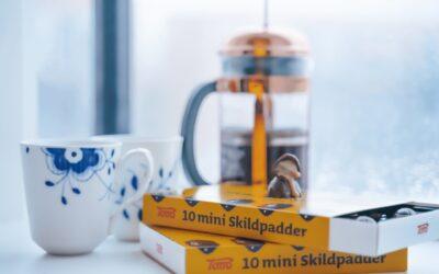 Få et unikt middagsbord med Royal Copenhagen julestel
